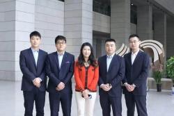 李主任携律师团队参加广播电台录制